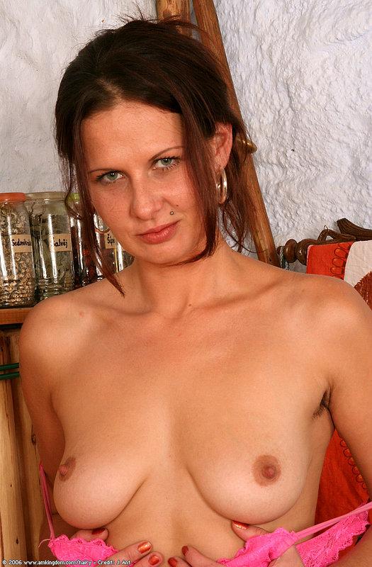 Raye hollit nude