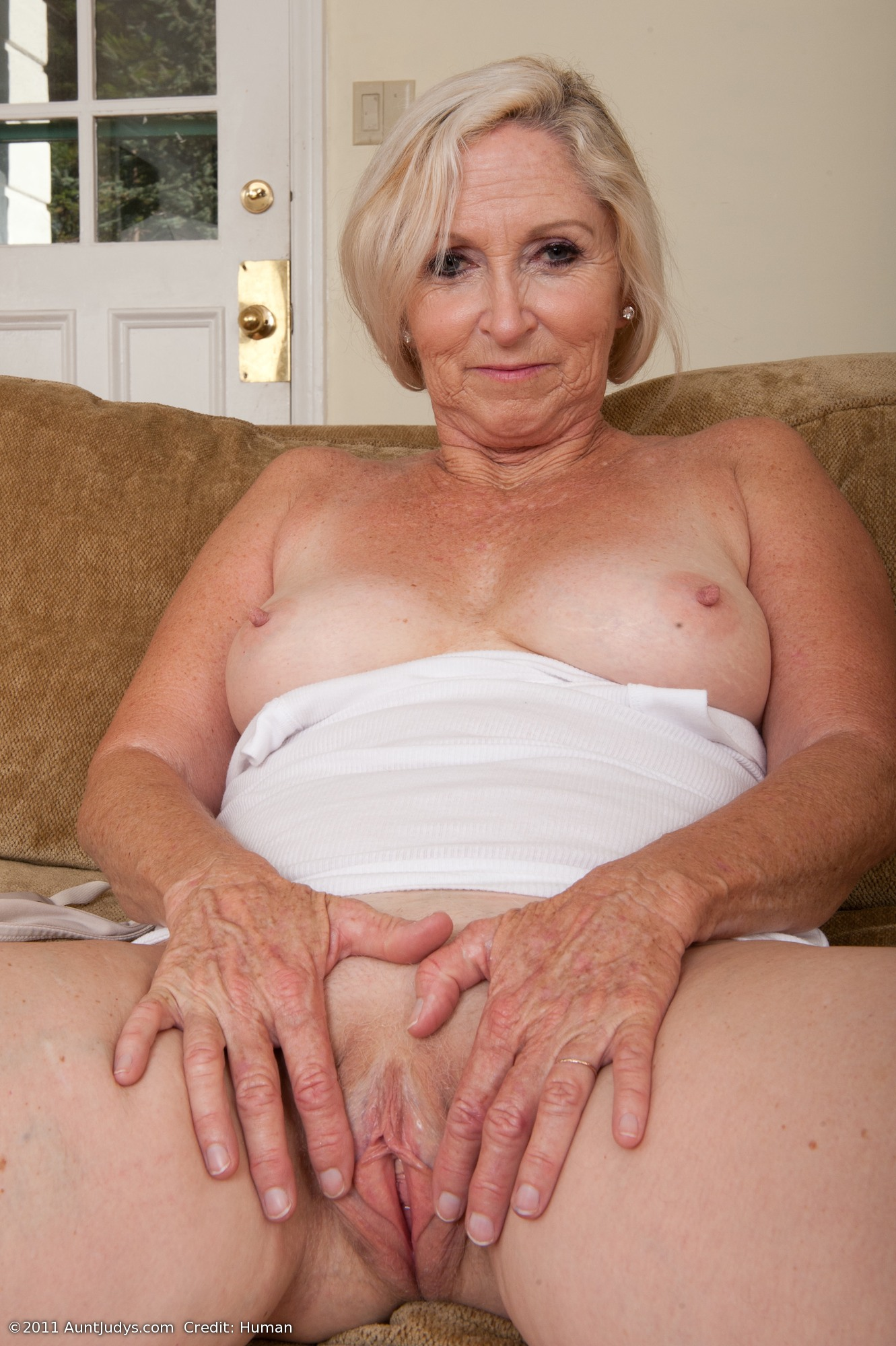 Amateur mature ladies