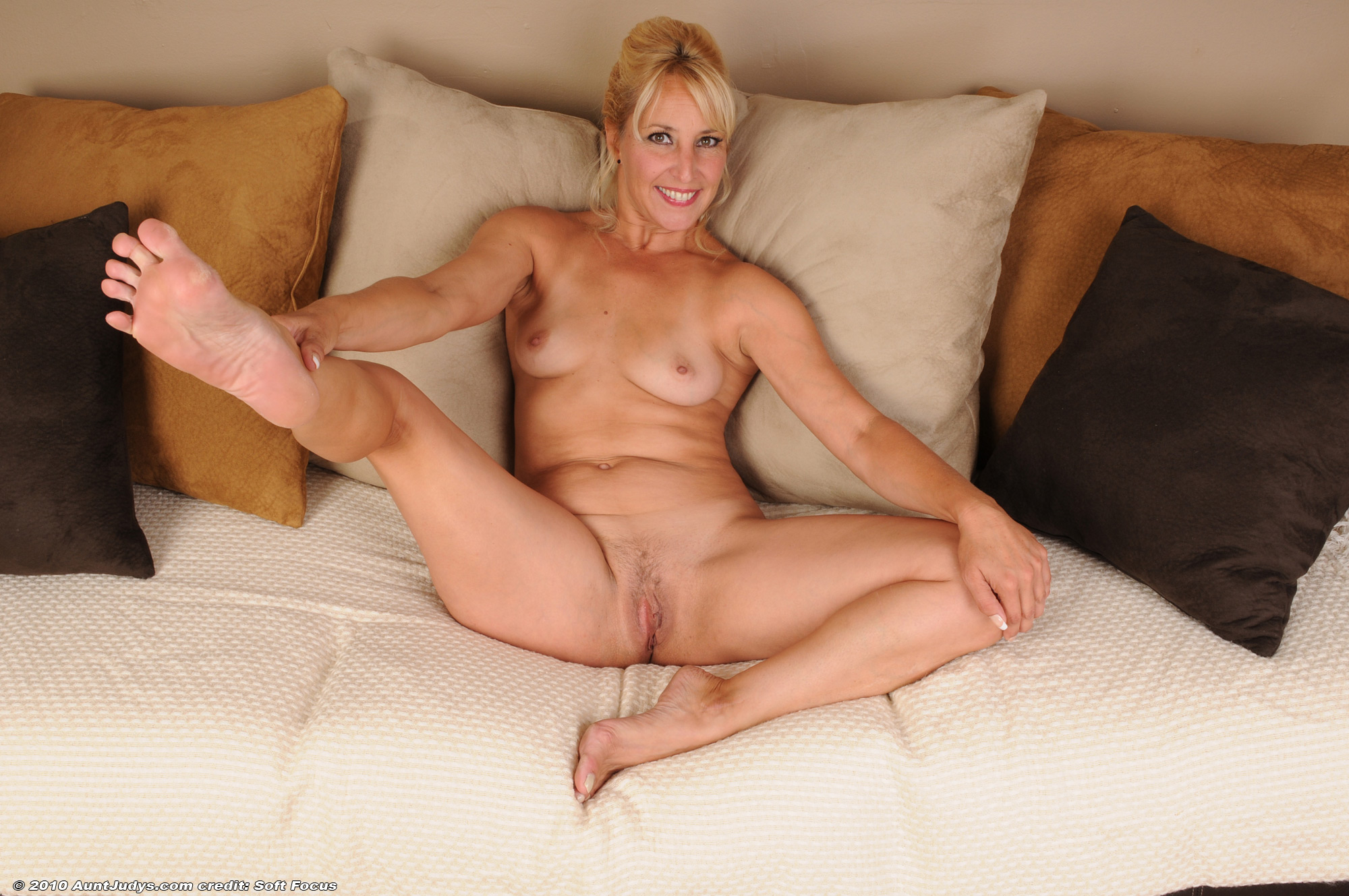 BBW, favorite. shaved mature models nice