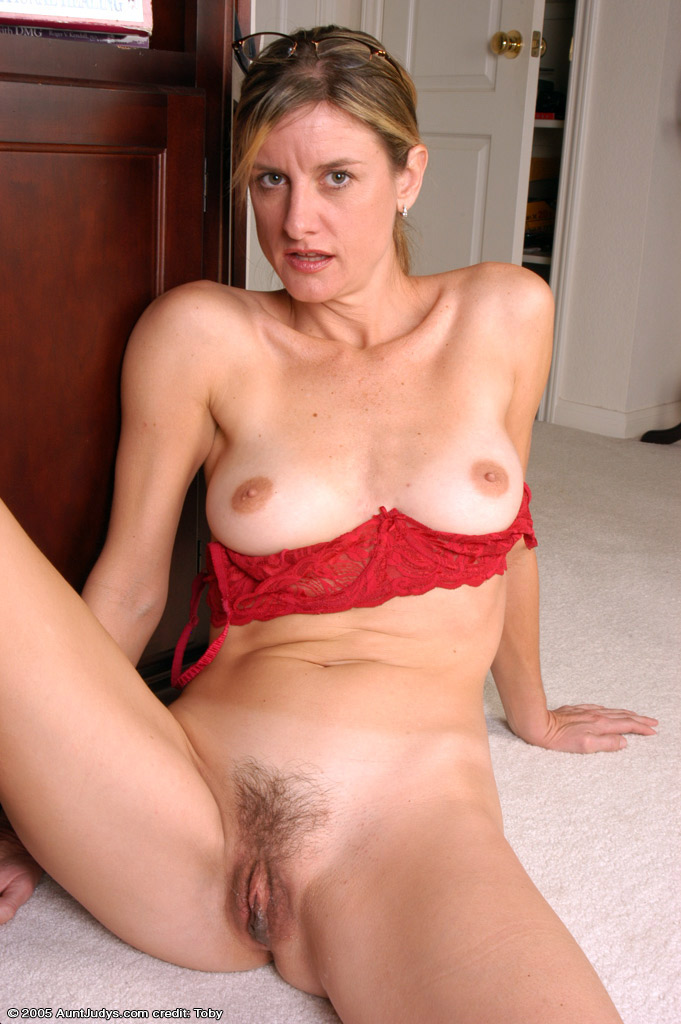 Free Aunt Judys Mature Pics Collection, Nude Moms
