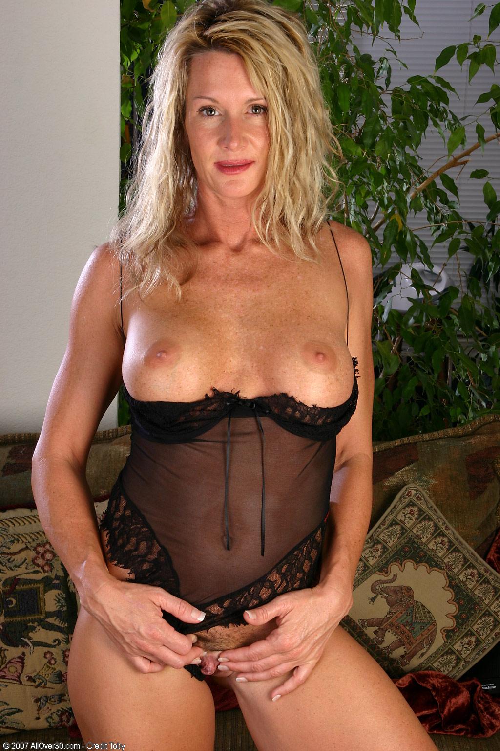 Стройно сексуальная мама порно 18 фотография