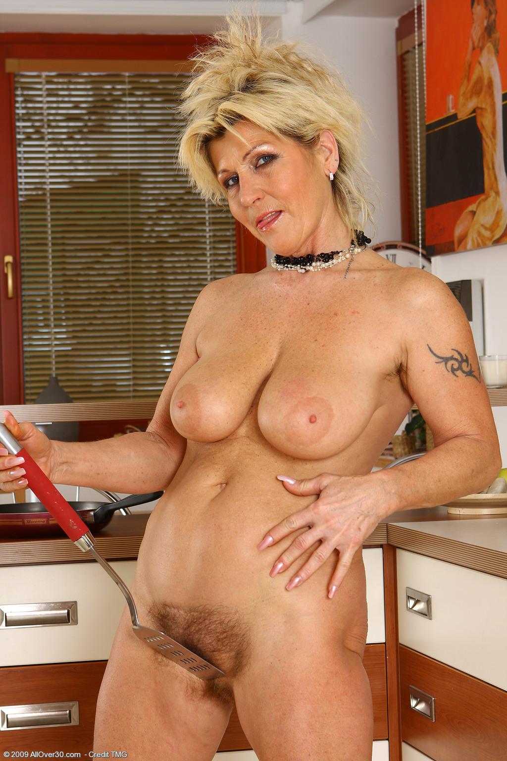 Смотреть фото голые пожилые женщины — img 2