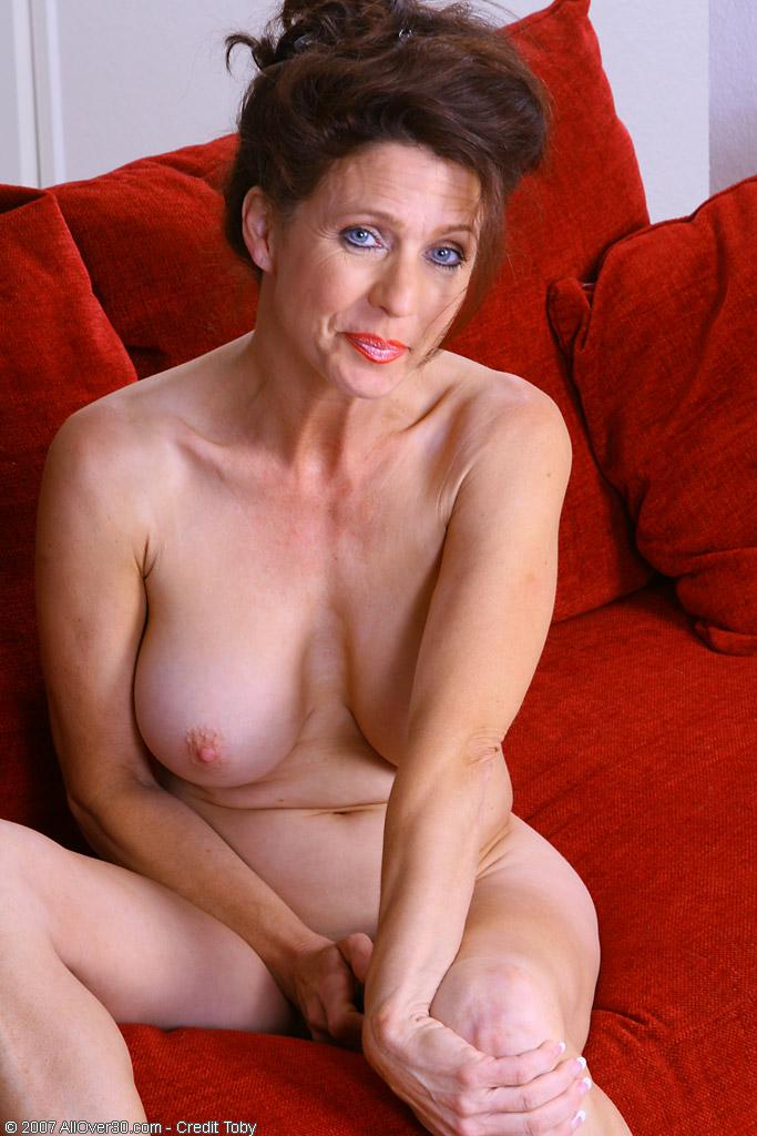 голые зрелые брюнетки фото порно